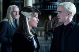 dracomalfoy_wb_f7_dracoandnarcissafacingeachother_still_080615_land